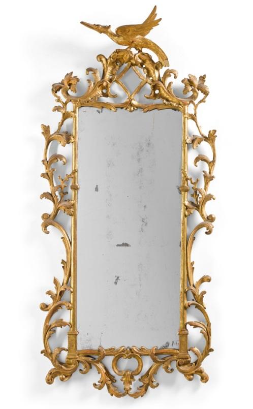 большое (107х52 см) резное деревянное чиппендейловское зеркало, покрытое позолотой, компания Asprey