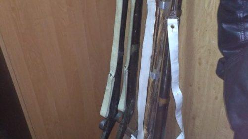 Пограничники не дали вывезти в РФ старинное оружие
