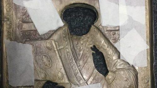 Икона Святого Николая Чудотворца в серебряном окладе с сертификатом