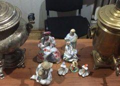 На границе с Россией нашли старинные самовары и фарфоровые статуэтки