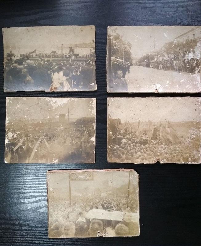 5 фотографических карточек, запечатлевшие перезахоронение лейтенанта Шмидта и трех матросов, расстрелянных на острове Березань в 1906 году