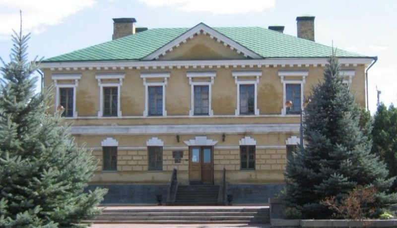 Одесские таможенники передали Национальному историко-культурного заповеднику «Чигирин» 60 экспонатов