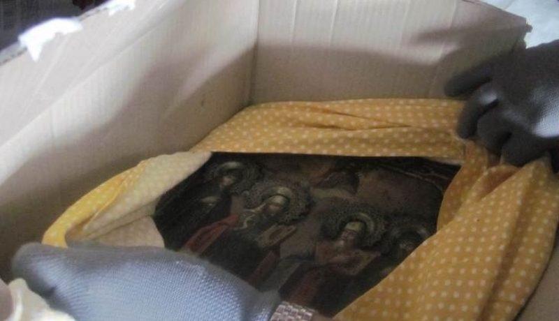 В Россию не дали вывезти старинную икону