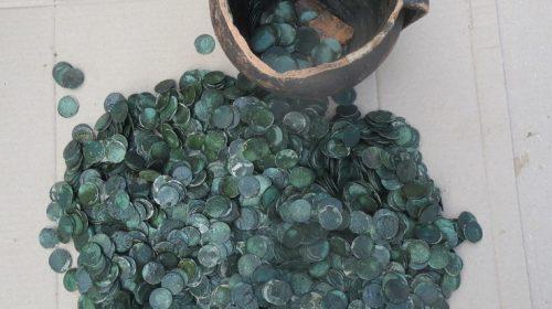 Монеты, около 3400 штук