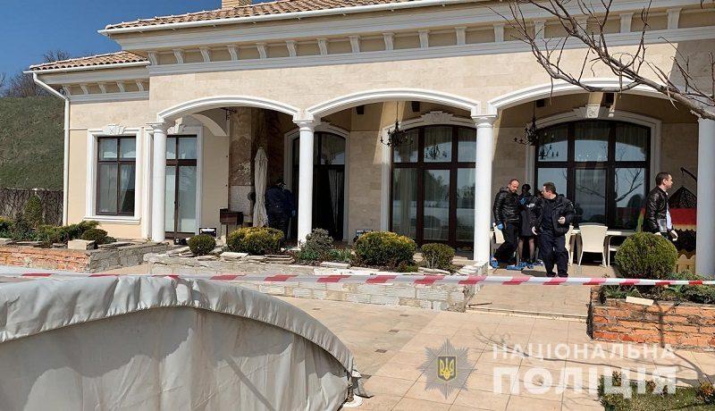 При налете на дом антикваров антикваров под Одессой убили хозяина