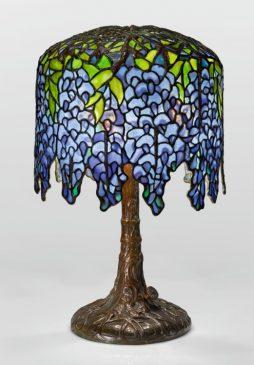 PONY WISTERIA TABLE LAMP