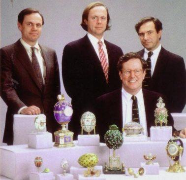 Малкольм Форбс с сыновьями и их коллекция яиц Фаберже