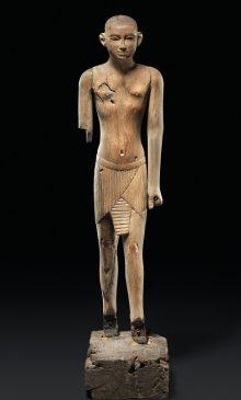 Древнеегипетской деревянной фигуры вельможи