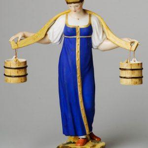 Скульптура «Водоноска», Императорский фарфоровый завод, скульптор С. С. Пименов, 1810-е годы