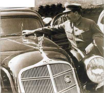 Иосиф Сталин и ЗИС-101