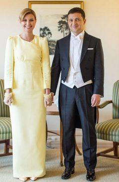 Владимир и Елена Зеленские перед началом церемонии интронизации императора Японии Нарухито, 2019 год