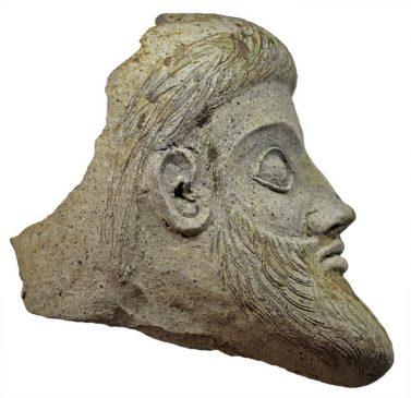 Терракотовая скульптура в форме головы мужчины, Малая Азия, 5 век до н. э.