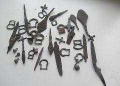 В Беларусь не дали вывезти партию старинных предметов