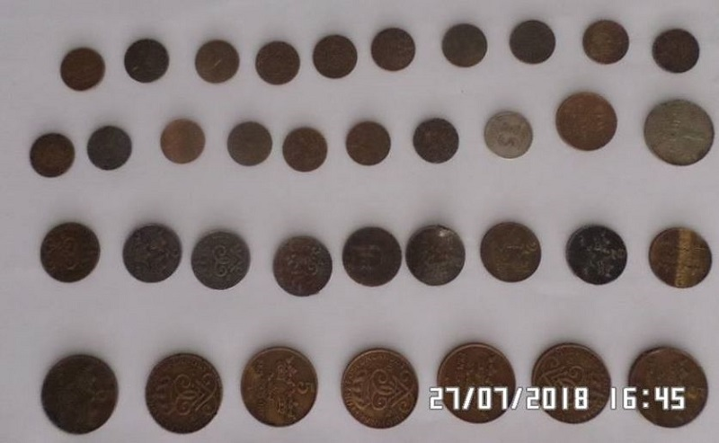 35 монет Швеции,датированные XIX и XX веками