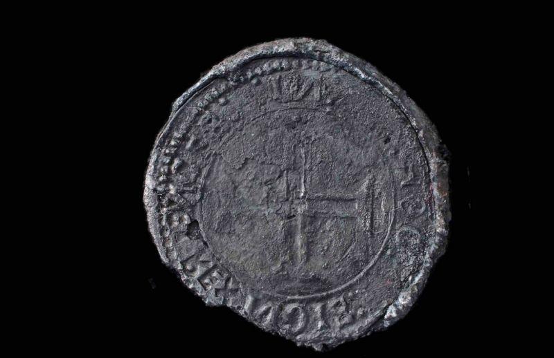 серебряная монета из Индии, которую назвалиIndio