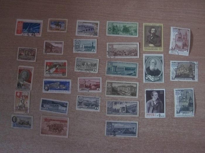 28 почтовых марок, изданных в 1952-1978 годах