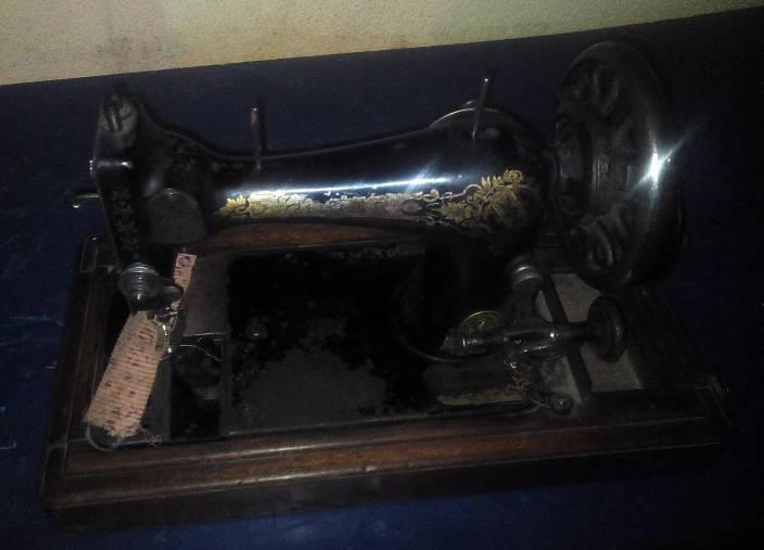 Щвейная машинка. Singer