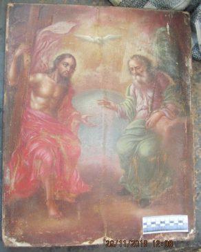 В пункте пропуска «Гоптовка» харьковские таможенники совместно с сотрудниками СБУ обнаружили старинную икону