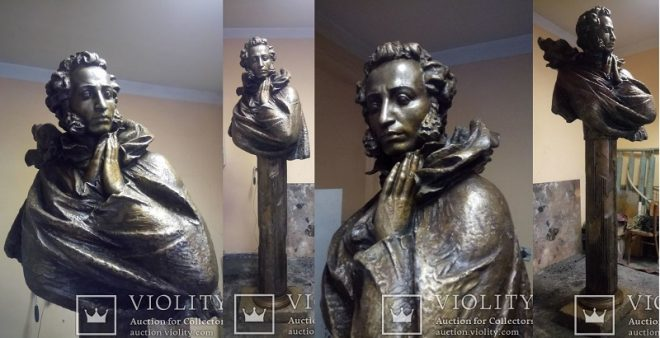 Бюст на колоне Пушкин А.С. бронза 316 кг