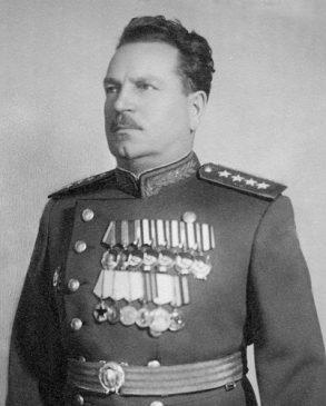 Иван Владимирович Тюленев, советский военачальник, полный Георгиевский кавалер и Герой Советского Союза
