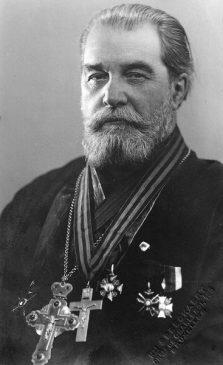 Протопресвитер Александр Шабашев, награжденный наперсным крестом на Георгиевской ленте в бытность полковым священником 233-го пехотного Старобельского полка
