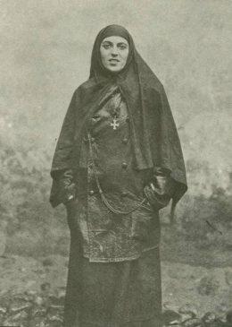 Сестра милосердия, награжденная Георгиевским крестом