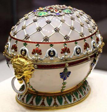1894 год - пасхальное яйцо-шкатулка «Ренессанс»