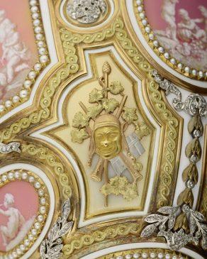 1914 год - императорское яйцо «Екатерина Великая» (Розовые камеи)