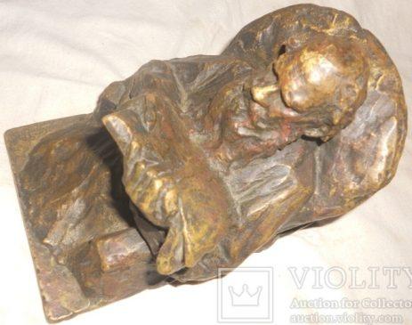 Скульптура Л.Н. Толстой, 1908 год, автор Гинсбург