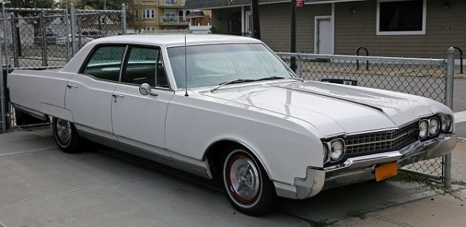 Oldsmobile Ninety-Eight LS Sedan 1966 года