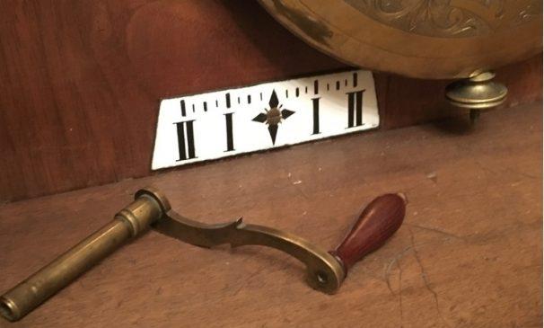 Часы напольные L.Hainz