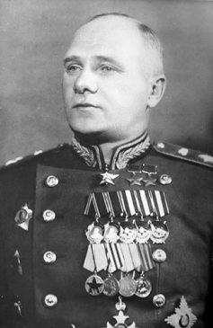 Маршал бронетанковых войск Сергей Богданов